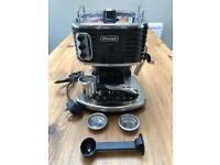 Delonghi Scultura ECZ351 Coffee Machine