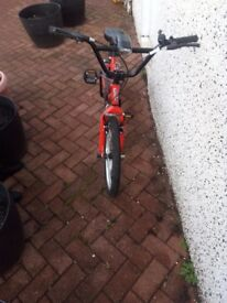 PRICE DROP NOW £8.......BOYS TRAX BMX BIKE