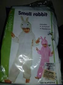 Rabbit onesie age 3_5 white.