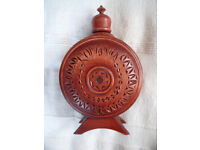 Un-used Romania ornate, decorative, Folk Art, carved wood & glass flask, bottle, canteen. £4 ovno.