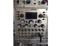 Intelligent cyclonix Shapeshifter dual complex wavetable VCO