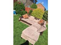Corner sofa. Will consider offers ‼️