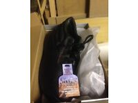 Safety Shoes Size 11 - Brand New