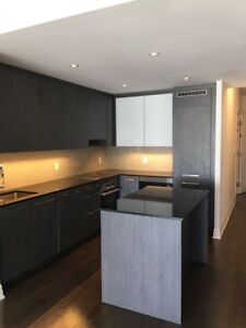 41st floor 900 Square feet 2+2 in the heart of downtown