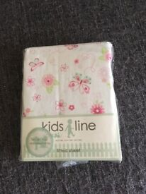 Cot bed set and curtains