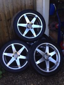 4 alloy wheels with good tread tyres, 225/45