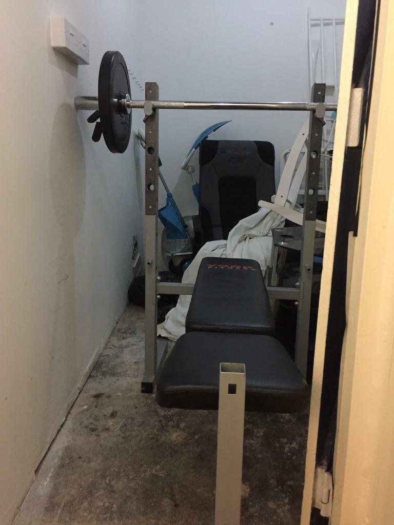 York Weight Bench With 4 Ft Olympic Bar And 2 X 10 Kg Rubber Weights 2x