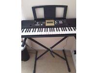 Yamaha YPT 220 organ and stand