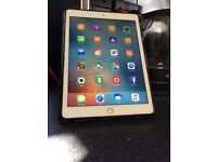 iPad Pro 9.7 32gb Gold. Cellular. Good Condition