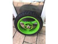 Kawasaki Zx6r wheel and tyre