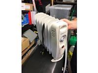 Oil heater 750w like new