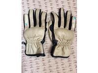 Spada motorcycle gloves size large never worn