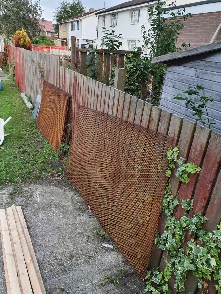 8ft x 4ft pressed steel fence panels | in Hull, East Yorkshire | Gumtree