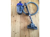 Dyson Hoover for sale. DC19 T2 Dyson in extremely good condition