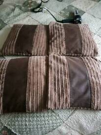 4 Waffle Efect Cushions
