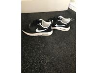 Nike woman's trainers