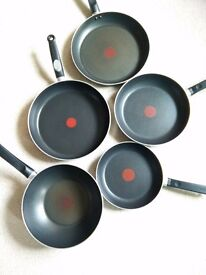 5 Tefal Frying Pans / Wok in Great condition