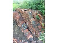 A large quantity of roof tiles. Approx 6000. Clay. Reclaimed.