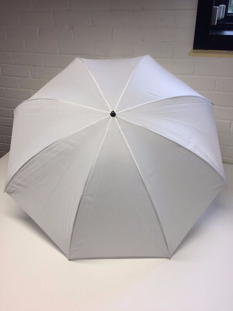 White Diffuser Umbrella 100cmin Lymington, HampshireGumtree - Ideal for creating a soft lighting effect. Good as new and unused. 100cm diameter when opened