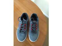 5a7723e694c0 Mens VANS Reid Shoes Trainers Size 9