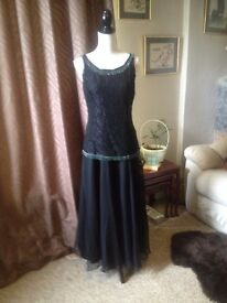Ladies Dresses Assorted dresses sizes 10/12 all in good condition