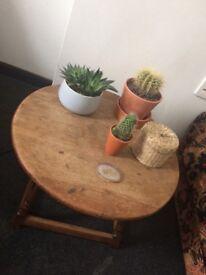 Oak Circular Coffee/ Side Table