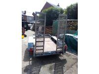 Twin wheel mini digger trailer with ramps