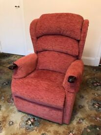 HSL Linton Single Motor Riser Recliner, Like New Excellent Condition