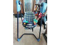 Graco swing. Perfect working order. Uses 4x C batteries. 6 speeds, auto timer and plays music
