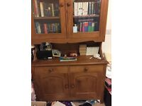 Beautiful wooden Welsh Dresser for sale ... great condition!