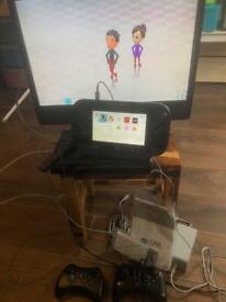 Nintendo WII U console tv and accessorise