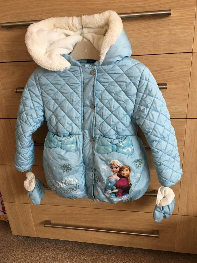 Immaculate frozen coat ( aged 3/4 years)
