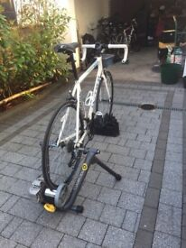 CycleOps Turbo trainer - excellent condition. hardly used.