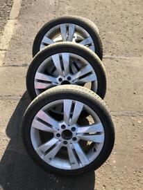 Mercedes alloys 17 inch 225/45/17