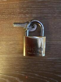 Solid brass padlock 38mm new