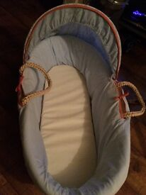 Mothercare baby boys Moses basket