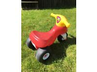 Toddlers Ride on Trike