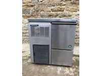 Hoshizaki Air-Cooled Ice Flaker 85kg/24hr Output 26kg Storage
