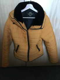 Mustard puffer jacket - medium(size 8/10)