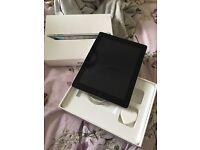 iPad 2 in silver 16GB