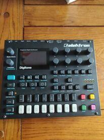 Elektron Digitone FM synthesizer