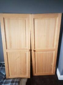 Double doors pine wardrobe doors