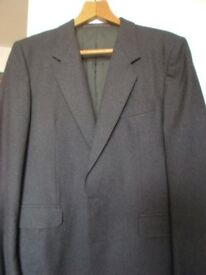MEN'S DRESS JACKETS.in top condition. Fits 32/34/36. GOOD MATERIAL.£5 each.. must be seen