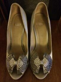 Silver Ladies Shoe
