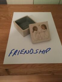 Willow Tree trinket box - friendship