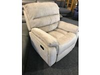 BRAND NEW 3/1/1 full recliner suite- very modern