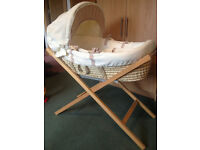Mamas and Papas Basket with stand