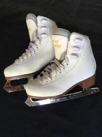 Graf Bolero ice skates size 33