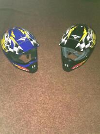Quad/dirt bike helmets