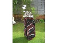 CALLAWAY GOLF CLUBS IN MOTOCADDY GOLF BAG